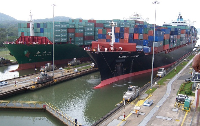panamax ships